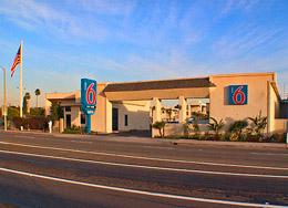 newport beach costa mesa california hotel motel 6. Black Bedroom Furniture Sets. Home Design Ideas